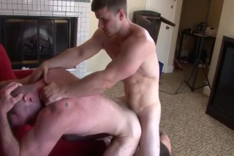 Muscle homo 3some And goo flow