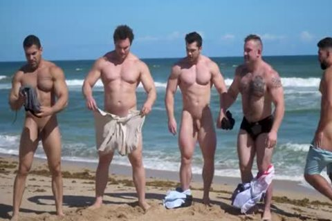 Muscle dudes nude Beach